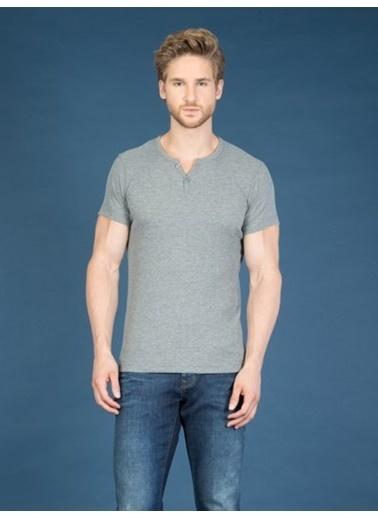 Colin's V Yaka T-Shirt Gri